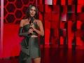 Na pódiu sa objavila aj krásna Megan Fox.
