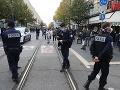 Francúzska polícia zasiahla: Zlikvidovala stanový tábor migrantov v centre Paríža