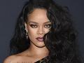 Hviezdna Rihanna má nového milenca: V bielizni sa pretŕča pred každým!