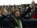 KORONAVÍRUS Maďarského poslanca EP zadržali v Bruseli pre porušenie pandemických opatrení