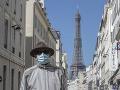 KORONAVÍRUS Parížania sa dočkali: Eiffelovu vežu opäť sprístupnia