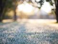 Česko čakajú celodenné mrazy a nový sneh: V nížinách môže byť až -15 °C