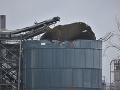 V sklade pri Bristole došlo k výbuchu: Z miesta hlásia zranených