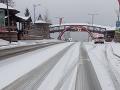 Husté sneženie na Donovaloch komplikovalo dopravu: FOTO Rázny krok polície!