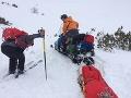 Horskí záchranári opäť v akcii: Pomáhali mladému lyžiarovi aj vyčerpanému turistovi