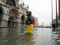 Smutný pohľad na mesto lásky: VIDEO Benátky opäť pod vodou, protipovodňový systém sa neaktivoval