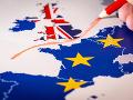 Europarlament chce zabrániť chaosu: Je ochotný podporiť dočasnú dohodu EÚ s Londýnom