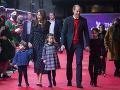 Princ William s manželkou Kate a ich deťmi.