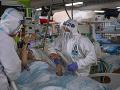KORONAVÍRUS Situácia v nemocniciach je vážna: UNB má v karanténe 268 zdravotníckych pracovníkov
