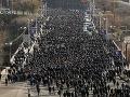 V Arménsku sa začal štrajk proti Pašinjanovi: Do ulíc vyšli tisíce ľudí