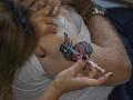 Vakcínu proti Covid-19 vyvinuli aj z buniekpotratených plodov: Veľká výzva veriacim, Vatikán hovorí o dobre!