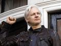 Kauza okolo šéfa WikiLeaks pokračuje: Súd má v pondelok rozhodnúť o vydaní Assangea do USA