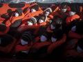 Loď Open Arms vyplávala zo Španielska pred Vianocami: S 265 migrantmi dorazila k brehom Sicílie