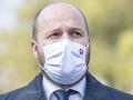 Minister obrany prekonal KORONAVÍRUS: Vraciam sa do práce! Stále ho trápi zápal pľúc