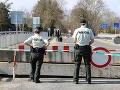 KORONAVÍRUS Kontroly v Bratislave: Polícia dohliada na dodržiavanie sprísneného zákazu vychádzania