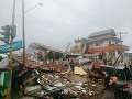 FOTO Ničivé zemetrasenie v Indonézii: Počet obetí stúpol na 56