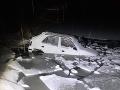 FOTO Vodička nezvládla riadenie: So Škodou Felicia skončila v Kunovskej priehrade