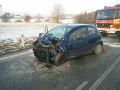 FOTO Pred Kežmarkom došlo k čelnej zrážke dvoch áut