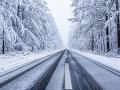 Všetky cesty na Slovensku sú zjazdné: Pozor však na hmlu a poľadovicu