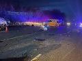 Tragická nehoda v Maďarsku: Auto sa zrazilo s autobusom, jeden človek zomrel