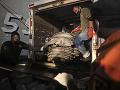 Rodiny zosnulých sa zišli na mieste havárie boeingu: V Indonézii si uctili pamiatku obetí