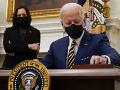 Biden zarezáva od prvého dňa v úrade: Spravodajským službám dal preskúmať hrozbu domáceho extrémizmu
