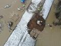 FOTO nešťastia počas výstavby plynovodu na dolnom Zemplíne: Poškodenú hrádzu sa už podarilo sanovať