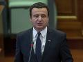 Kosovskému expremiérovi Kurtimu zakázali kandidovať v predčasných voľbách