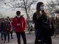 KORONAVÍRUS Európa sa pandémie stále nezbavila: Na uvoľnenie opatrení je príliš skoro, oznámila WHO