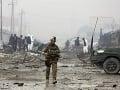 Taliban obvinil USA: Spojené štáty porušujú dohodu o prímerí, bombardujú civilistov a dediny