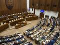 Poslanci sa opäť zišli v parlamente: Rokovací deň začali ochranou označenia pôvodu výrobkov