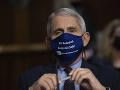 KORONAVÍRUS Imunológ Fauci otvorene: Američania budú zrejme nosiť rúška aj v roku 2022