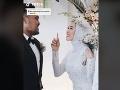 Nevesta poprosila na svadbe ženícha o podivnú vec: Ich VIDEO sa stalo nečakaným hitom