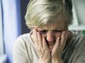 Podvodný telefonát: Muž žiadal od seniorky peniaze na liečbu jej syna, ktorý sa údajne nakazil KORONAVÍRUSOM