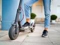 Brno ide do boja so zdieľanými kolobežkami: Zakáže ich parkovanie mimo vyhradených miest
