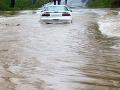 Meteorológovia varujú pred povodňami: Lavínová hrozba na horách počas dňa stúpne