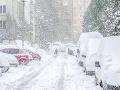 Slovensko zasiahla snehová kalamita: SHMÚ vydal výstrahy, pozor na jazyky a záveje
