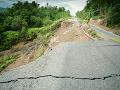 V obci Svätý Anton vyhlásili mimoriadnu situáciu: Hrozia zosuvy pôdy, zatarasená môže byť aj cesta