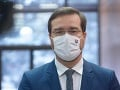 KORONAVÍRUS Vláda hlási od pondelka zmeny: Krajčí varuje pred novými variantmi, obáva sa aj o účinnosť očkovania