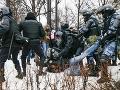Brutálne zákroky ruskej polície voči demonštrantom: Rada Európy žiada vysvetlenie