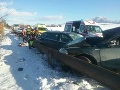PRÁVE TERAZ Tragická nehoda pri Liptovskom Mikuláši: FOTO V havarovaných autách sedeli aj deti