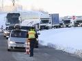KORONAVÍRUS Na česko-nemeckých hraniciach sa po zavedení kontrol tvoria dlhé kolóny