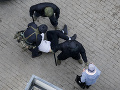 V Bielorusku sa opäť konajú prehliadky: Policajti vtrhli k novinárom a aktivistom