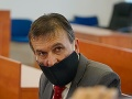 Informáciami o hlasovaní senátu vo veci vraždy Kuciaka sa zaoberá polícia, informoval Hrubala