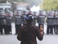 Mjanmarská polícia strieľala na demonštrantov: Dvaja zomreli a desiatky sa zranili
