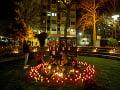 Tisíce Berlínčanov si pripomenuli obete streľby v Hanau