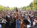 FOTO Ľudia v Mjanmarsku vyšli opäť do ulíc: Uctili si aj prvú obeť protestov