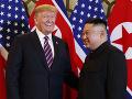 Diplomati neverili vlastným očiam: Trump ponúkol Kimovi odvoz v Air Force One