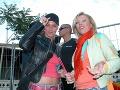Zuzana Belohorcová a Gabriela Drobová na koncerte Eltona Johna