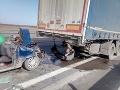 Tragická nehoda pri Nitre! FOTO Zasahujú aj leteckí záchranári, žalostný pohľad na auto smrti